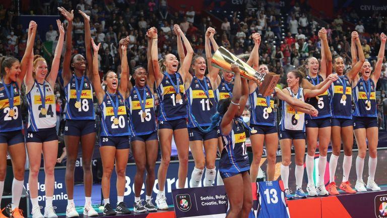 Италия свали Сърбия от европейския волейболен връх при дамите