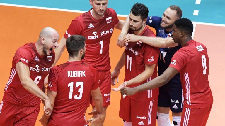 Полша срази Сърбия в шампионска битка, Словения с първа победа