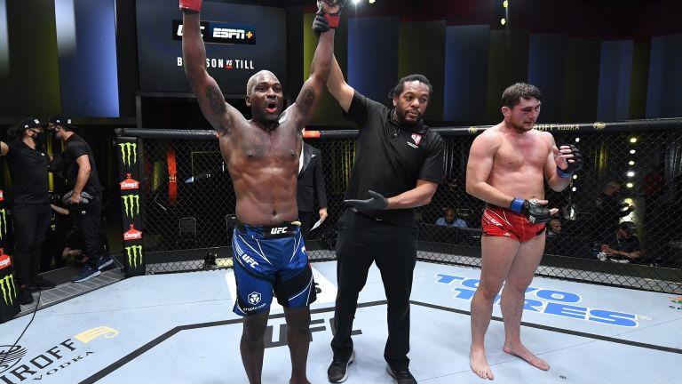 Захватът на Брънсън му донесе пети пореден успех в UFC