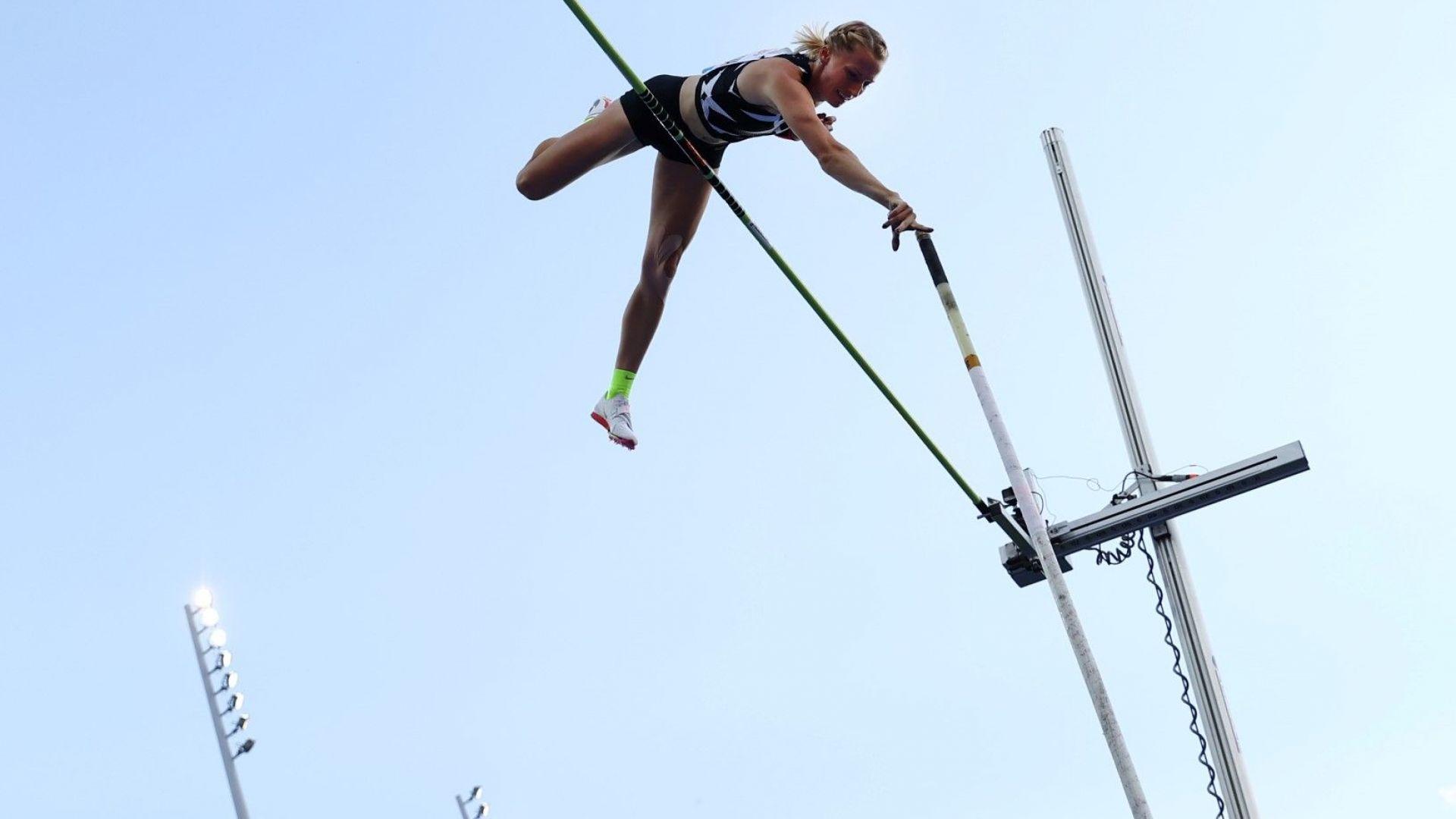 Рускиня влезе в историята като третата жена, прелетяла над 5 метра в овчарския скок