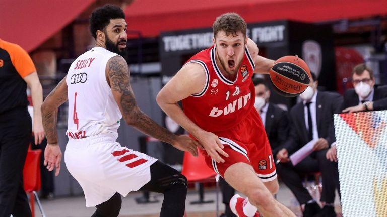 Саша Везенков - самотният български войн в баскетболния елит на Европа