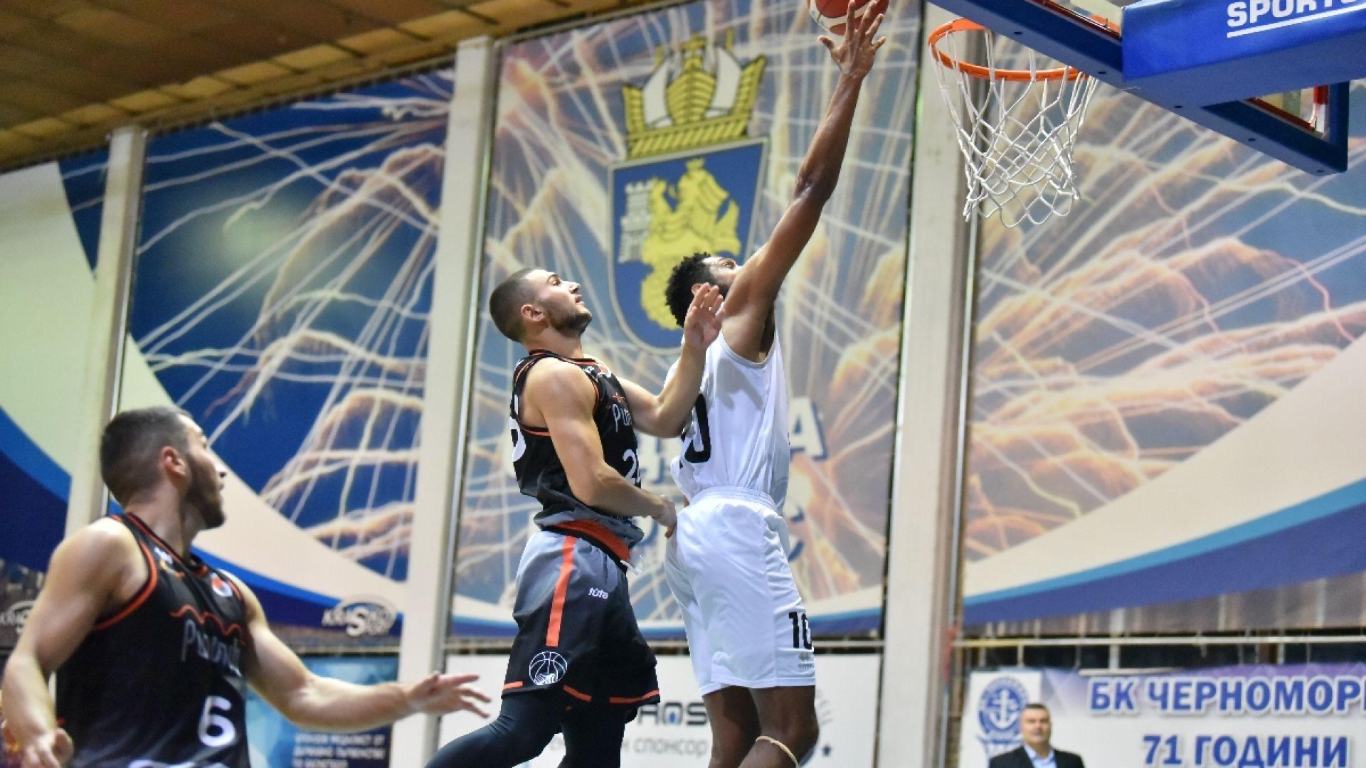 Черноморец започна първенството с убедителен успех над Академик